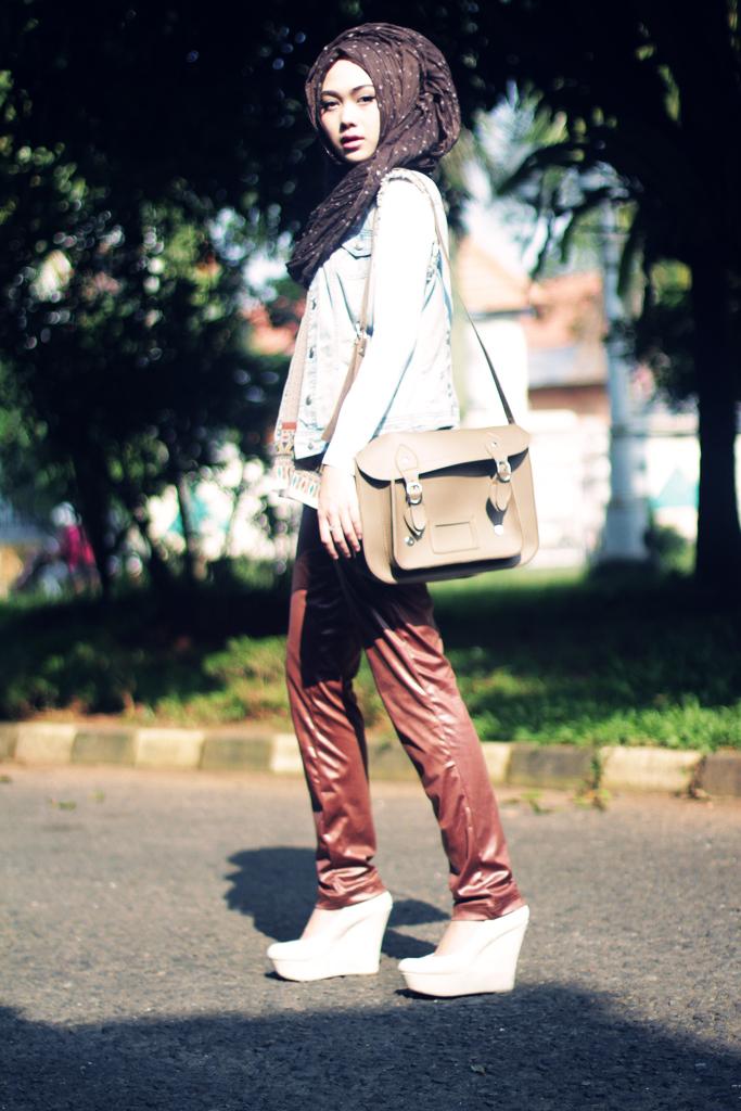 Tesettür Giyimde Sokak Modası
